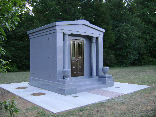 Mausoleums made in america with quality Mausoleum design